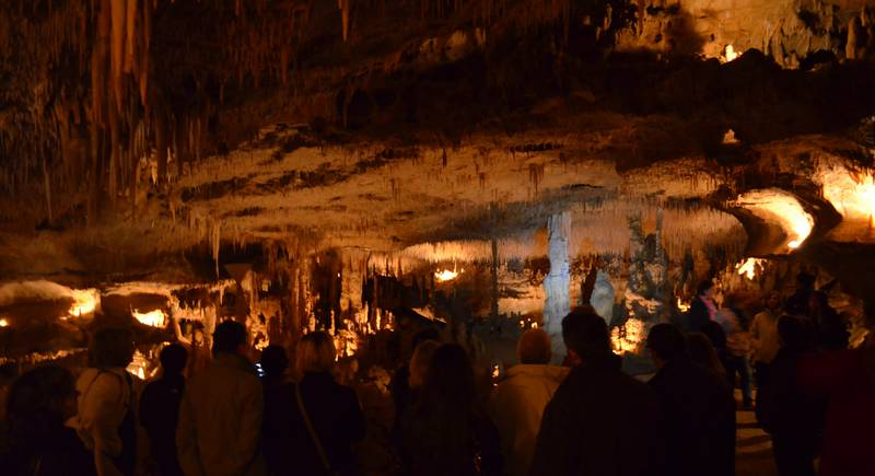 Cougnac prehistoric cave - © Cathy Mabout