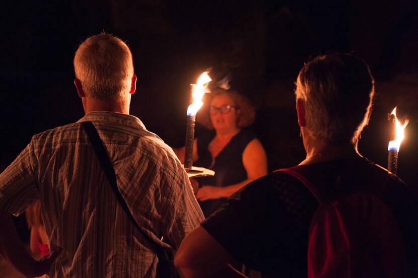 Visite aux Flambeaux ©Pays de Gourdon F. Lacan
